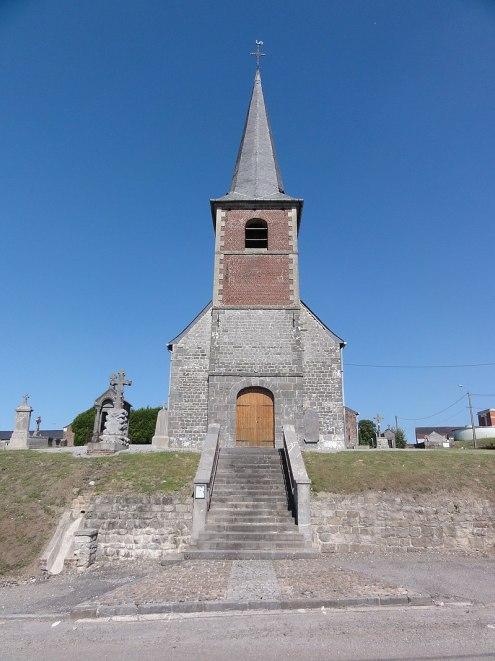 Larrouillies (Nord, Fr) église, façade.jpg