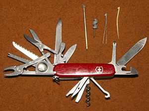 English: Victorinox SwissChamp army knife Nede...