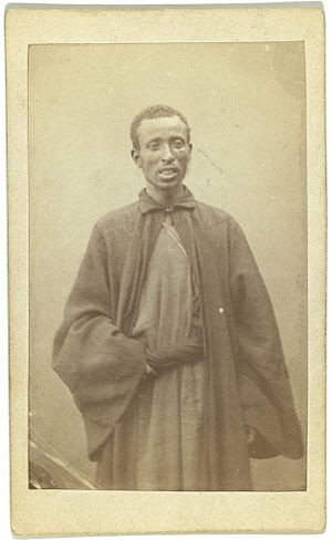 English: Three quarter portrait of African man...
