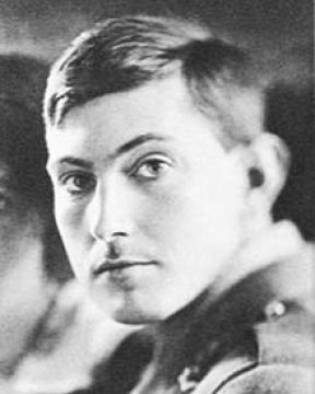 George Mallory 1915.jpg