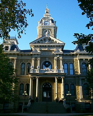 English: Guernsey County Courthouse in Cambrid...