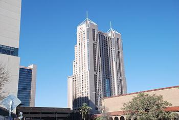Marriott Rivercenter, tallest building in San ...