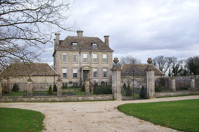 Nether Lypiatt Manor by Jellyboots