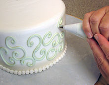 Cake   Wikipedia Cake decorating