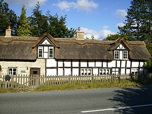 English: Thatched cottage in good order in Aym...