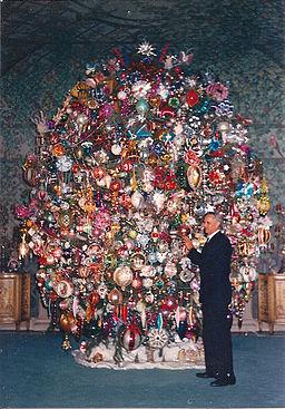 Harold LLoyds Christmas Tree