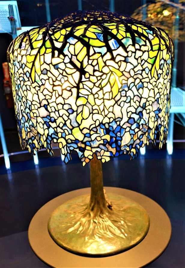 Wisteria table lamp tiffany lamp joy of museums wisteria table lamp tiffany lamp joyofmuseums new york aloadofball Choice Image