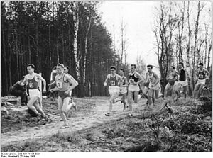 Bundesarchiv Bild 183-71836-0001, Berliner Wal...