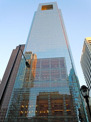 English: Comcast Tower, tallest building in Ph...