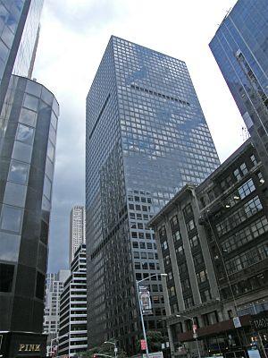 English: 1166 Avenue of the Americas (Marsh & ...