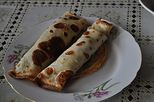 English: Two Blins/Puncakes on the Plate.