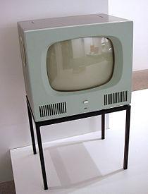 Il televisore Braun tratto da Wikipedia