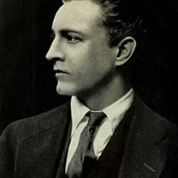 JOHN BARRYMORE - A drunk, a rake & a rare talent.