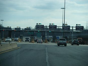 Tollgate at the Willow Grove interchange (exit...