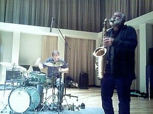 Peter Brötzmann on tenor saxophone @ MN Sur Se...