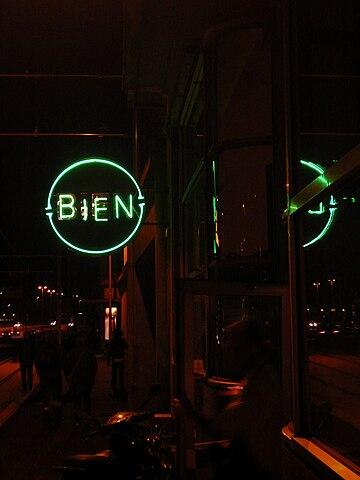 Biens neonskilt