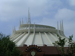 :en:Space Mountain at :en:Disneyland in :en:Au...