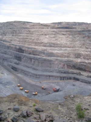 Iron ore mine-01 (xndr)