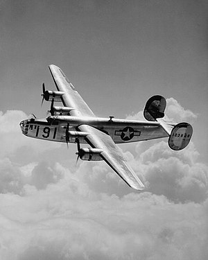 https://i2.wp.com/upload.wikimedia.org/wikipedia/commons/thumb/f/f1/Maxwell_B-24.jpg/300px-Maxwell_B-24.jpg