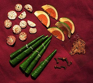 English: display of betel and nut (Areca catec...