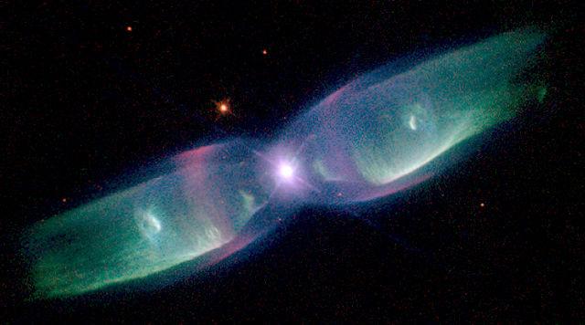 https://i2.wp.com/upload.wikimedia.org/wikipedia/commons/thumb/f/f1/Planetary_Nebula_M2-9.jpg/640px-Planetary_Nebula_M2-9.jpg