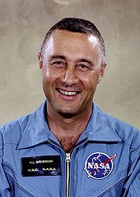 Apollo 1 Prime Crew - GPN-2000-001159-grissom.jpg