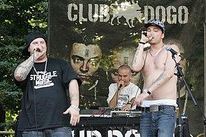 Italiano: Il gruppo rap italiano Club Dogo