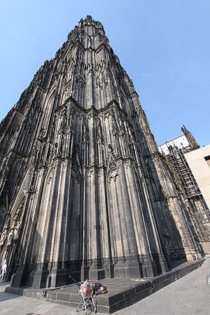 English: A homeless on the corner of Cologne C...