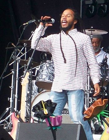 English: Ziggy Marley singing live on the Main...