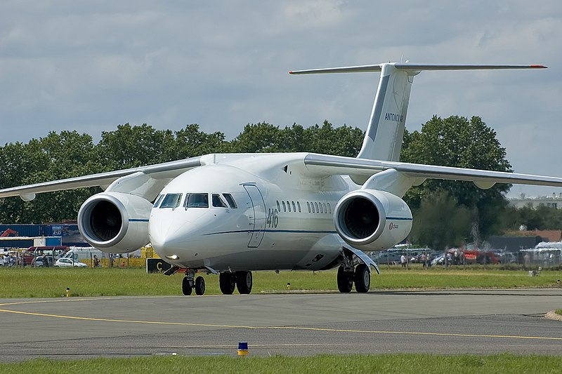 File:Antonov-148.jpg