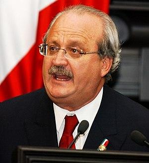 30px|Español Imagen de Graco Ramirez, político...