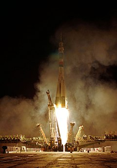 Soyuz TMA-01M rocket launches
