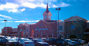 English: A modern Wegmans superstore located i...