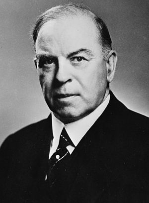 English: Prime Minister Mackenzie King of Canada