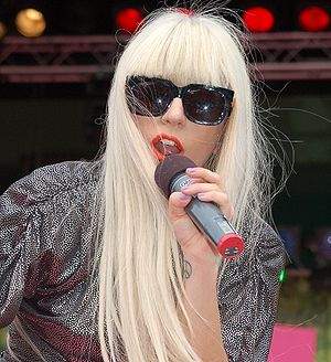 English: Lady GaGa visit Sweden at Sommarkryss...
