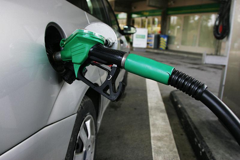 Petrol pump mp3h0355
