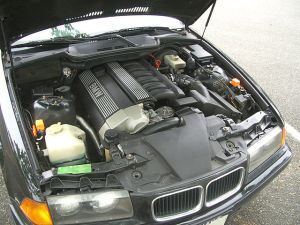File:1993 bmw 325is engine bayjpg  Wikimedia Commons