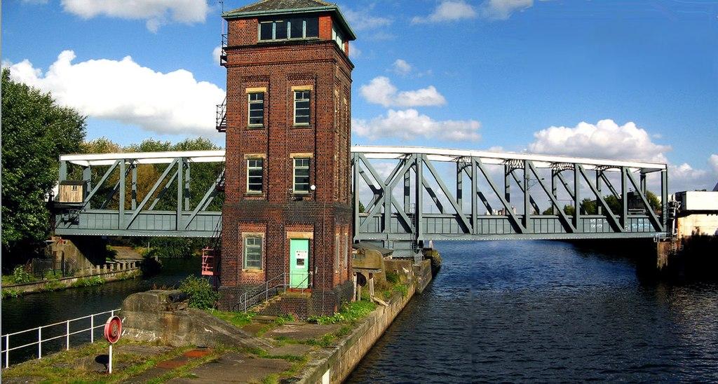 Barton Swing Aqueduct