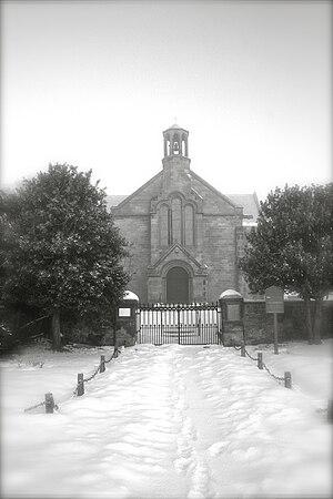 English: Gladsmuir parish church