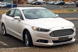 Ford Fusion Hybrid  Wikipedia