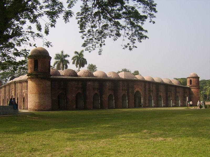 File:Shat Gombuj Mosque 0016.JPG