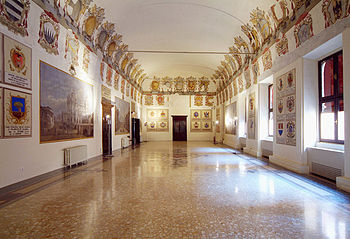 Este Castle of Ferrara, Hall of Coats of Arms