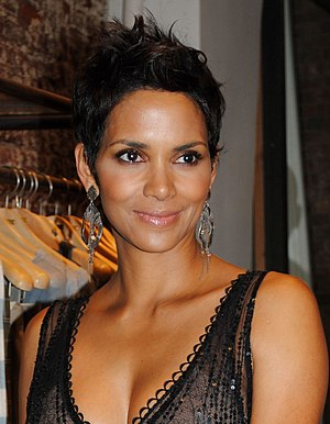 English: Actress Halle Berry at the 2010 New Y...