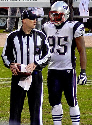English: Rosevelt Colvin on the sidelines with...