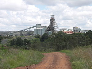English: Headframe of the Cullinan Diamond Min...
