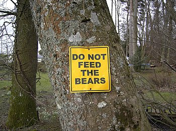 English: Do not feed the bears An unusual warn...