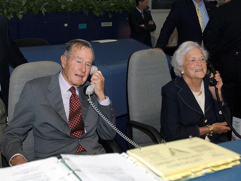 STS120President Bush.jpg