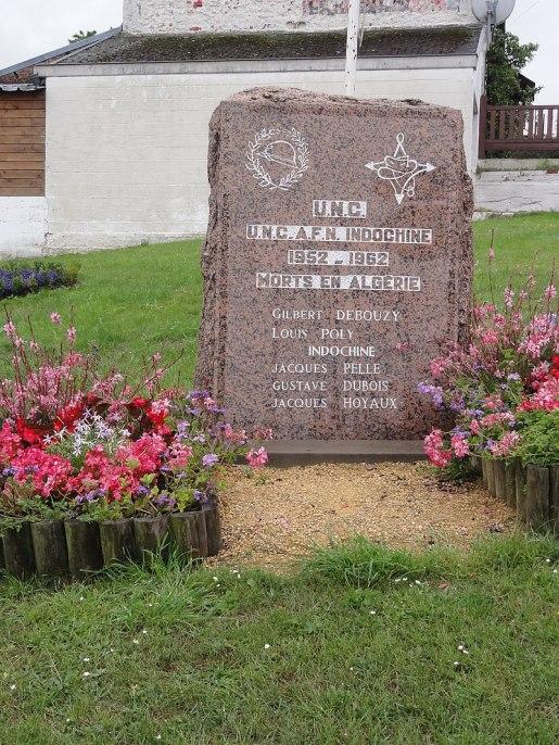 Wignehies (Nord, Fr) monument Indochine et Algérie.jpg