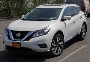 File:2015 Nissan Murano SV AWD, front leftjpg  Wikimedia Commons