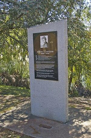 Bertha von Suttner Monument, Wagga Wagga.